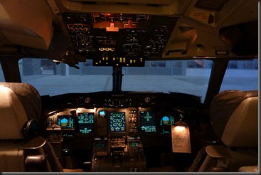 Dash 8 Q400 simulator cockpit
